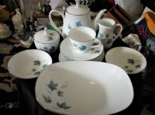 26PC LOT SUGAR BOWL MILK JUG DUOS SALT PEPPER BOWLS TEAPOT RC VINTAGE 618 BLUE